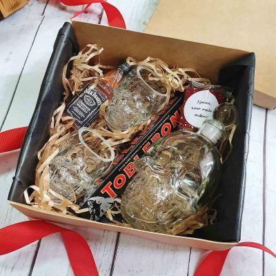 Подарочный набор графин и стаканы череп Бедный Йорик